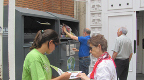 humana containers with people
