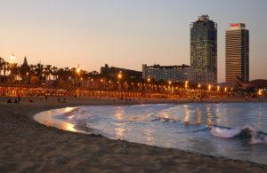 barcelona_barceloneta_beach_sunset_sea_wave_spain_7986.dbydaq5v1m0ok04s0gc40gs8.ci73hmjgri0w0g8c080wwksok.th_