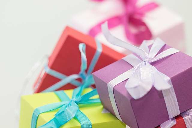 Receive gifts for your good deeds with CiviClub