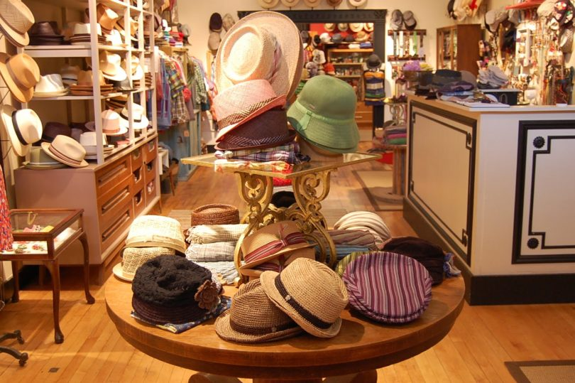 Where to buy hats in Barcelona 66a4cac28f8