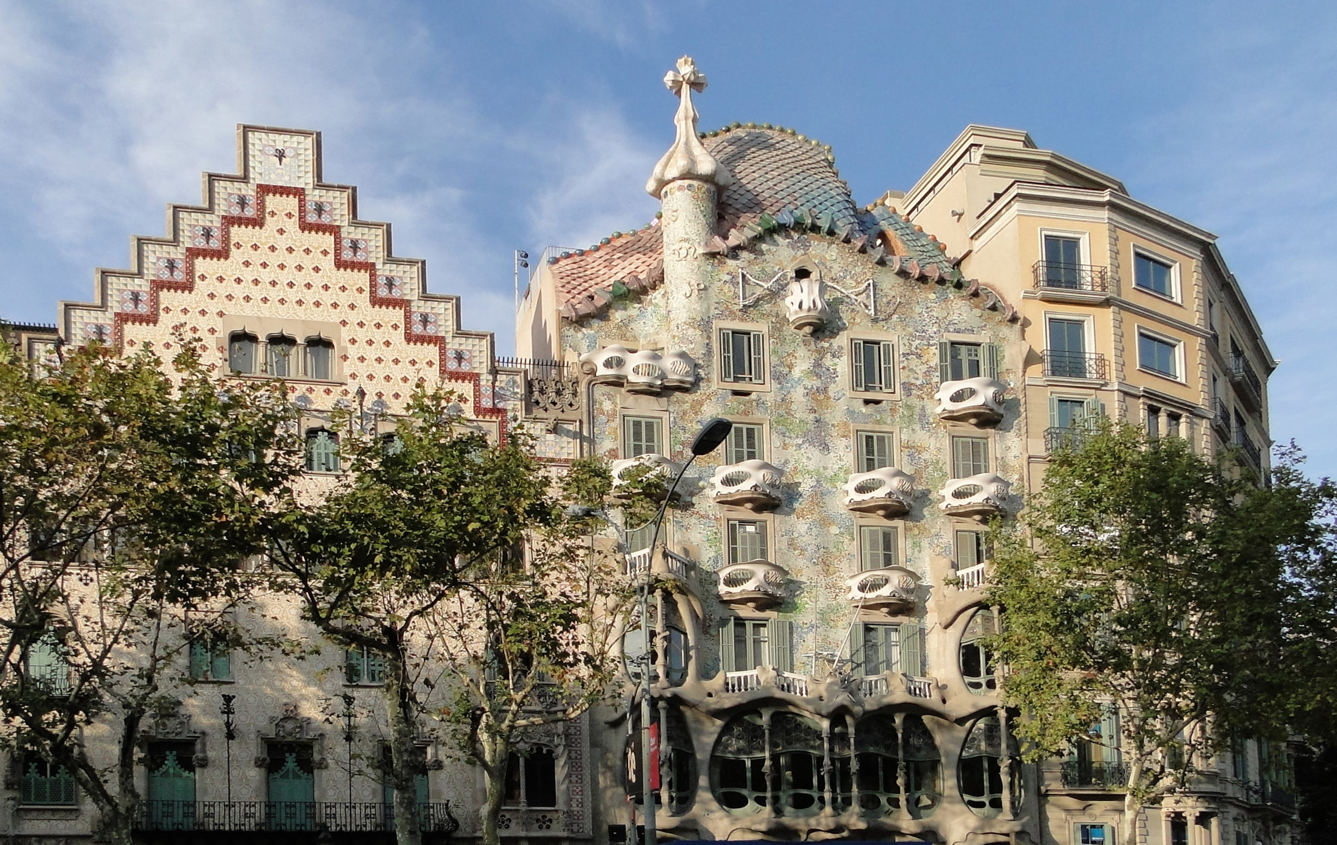 Top 3 walking streets of Barcelona