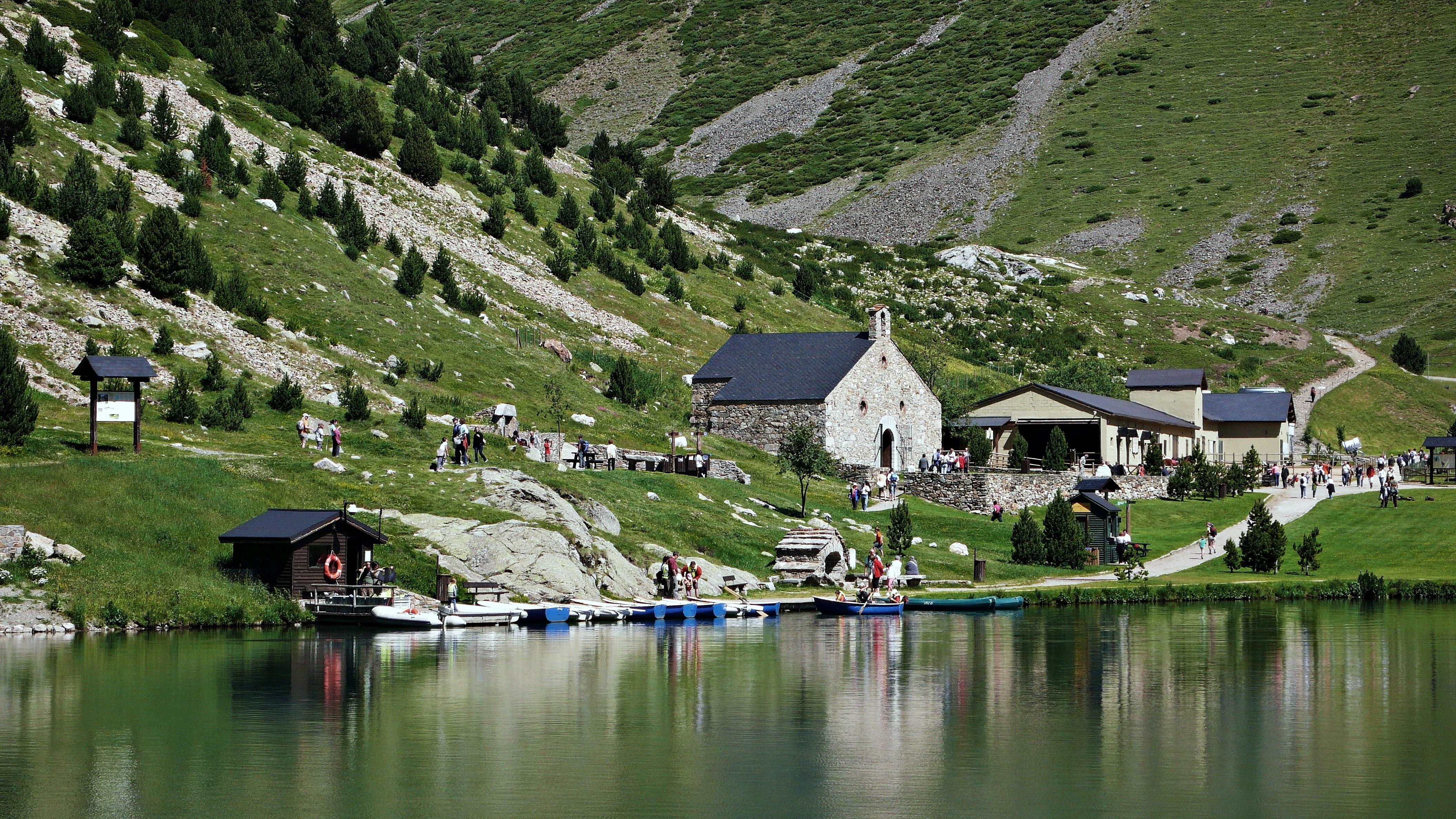 Discover Vall de Núria