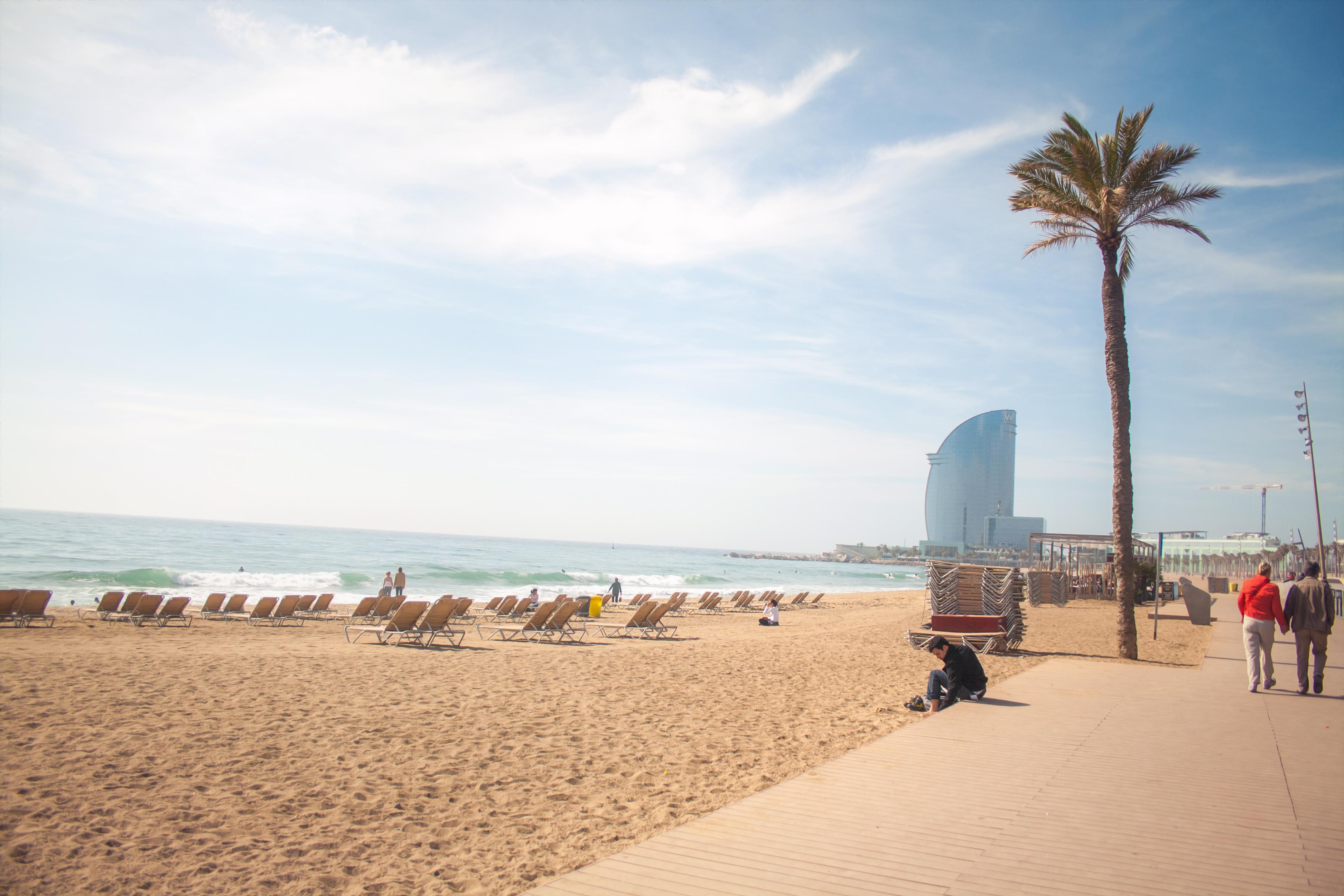 Barrios of Barcelona: La Barceloneta
