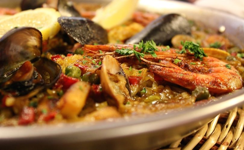The best paella of Barcelona delivered to your home