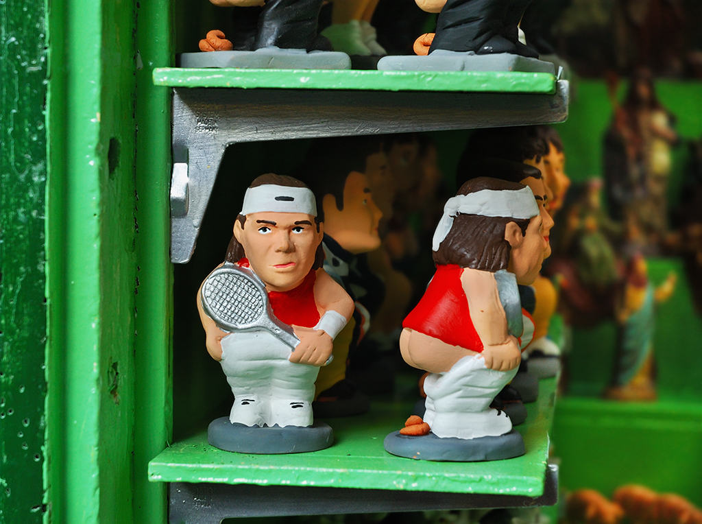 caganer - catalan pooping figurines for sale