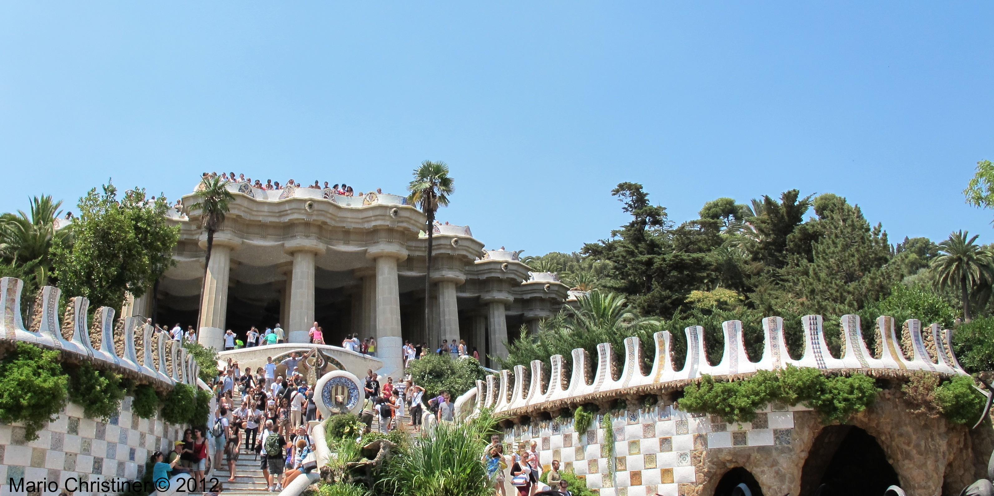 Exploring The Touristic And Local Parks Of Barcelona
