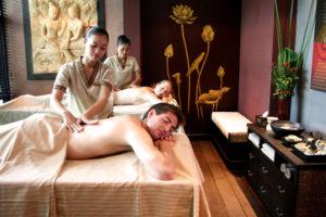 ayuverdic massage couple