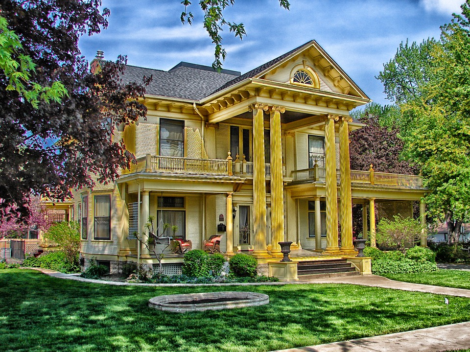 yellow house, buying an apartment