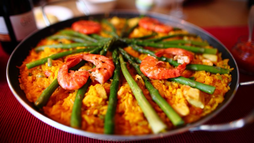 Where to eat paella in gr cia for Cuisine in spanish