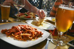 Meal friends Barcelona