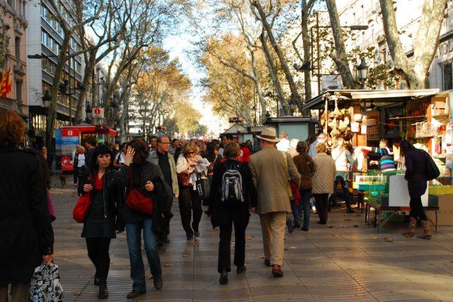 people shopping in las ramblas