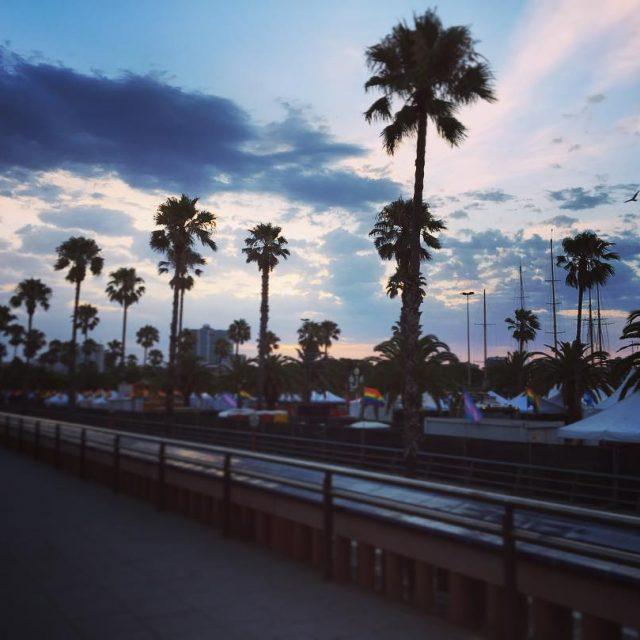 Hasta el amanecer cielo pornsky colors palmtrees bcn barcelona igershellip
