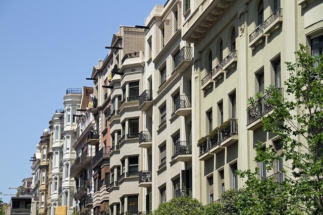 spanish architecture - live in barcelona