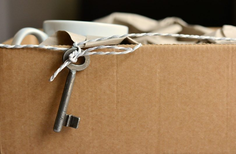 Moving box with key