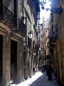 small streets in barcelona