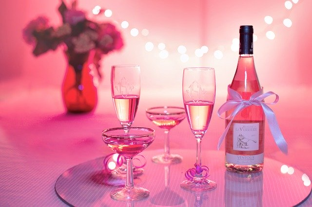 pink champagne and glasses