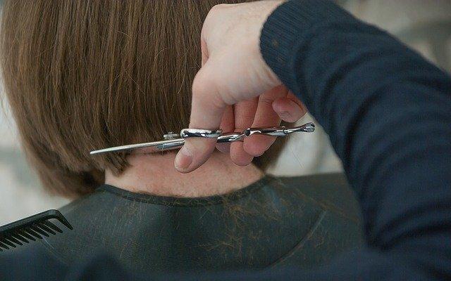 hair getting a cut
