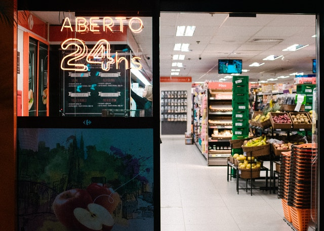 grocery open 24h