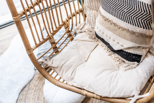 hanging chair with pillows