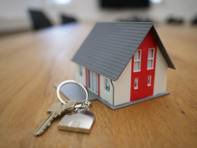 house on key chain