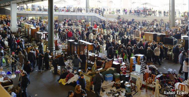 Els encants the biggest flea market in barcelona - Encantes barcelona ...
