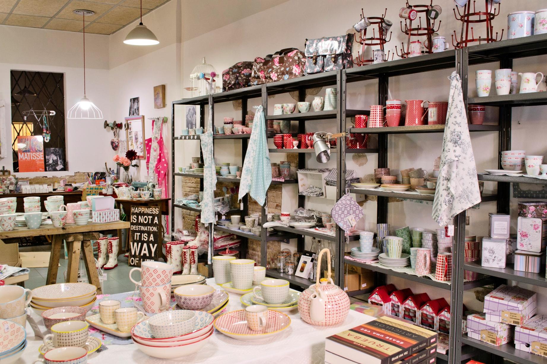 Muebles para tienda de ropa vintage - Ropa vintage sevilla ...