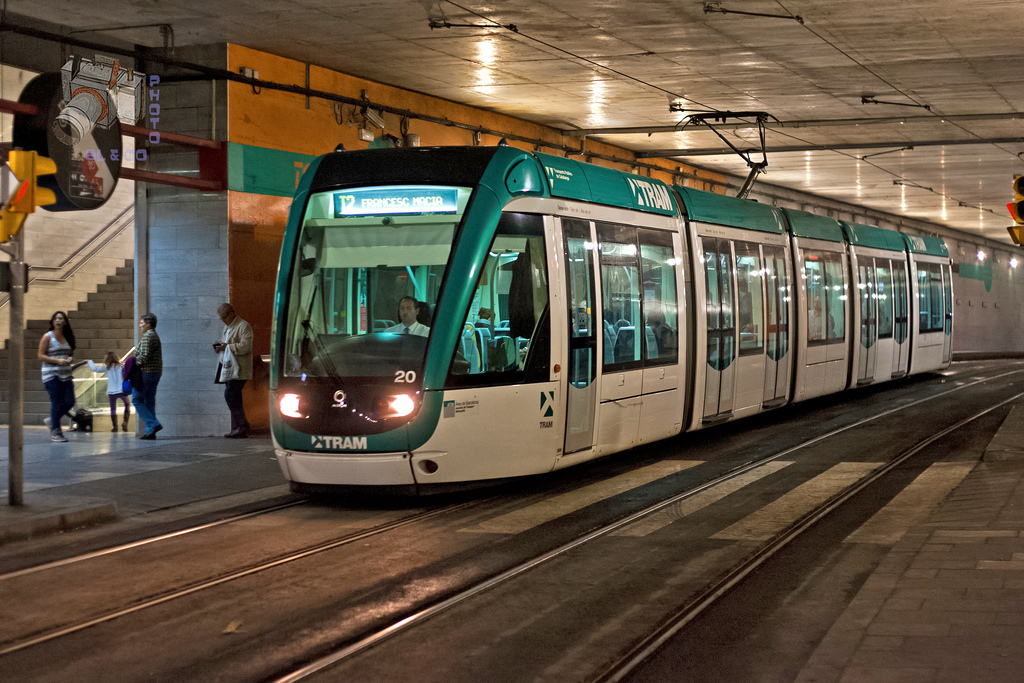 A history of public transport in Barcelona